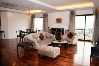 4 bedrooms serviced apartment for rent in Elegant Suites Westlake