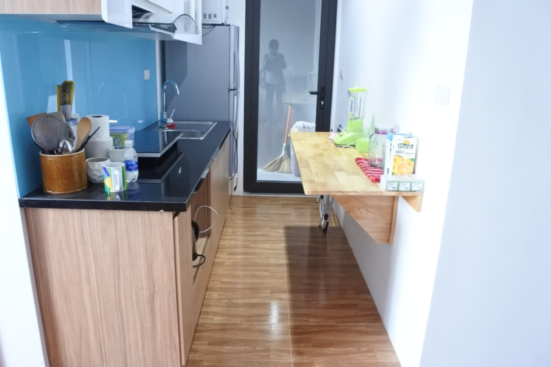 Budget apartment with 2 bedrooms for rent in Packexim 2 tower, An Duong Vuong street, Tay Ho district 6