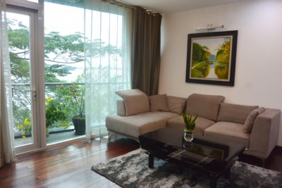 Lake view apartment for rent with 2 bedroom for rent on Trich Sai street, Tay Ho district