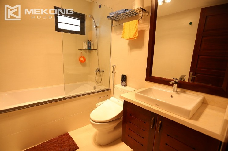 Nice serviced apartment for rent in Cau Giay district with a bedroom 14