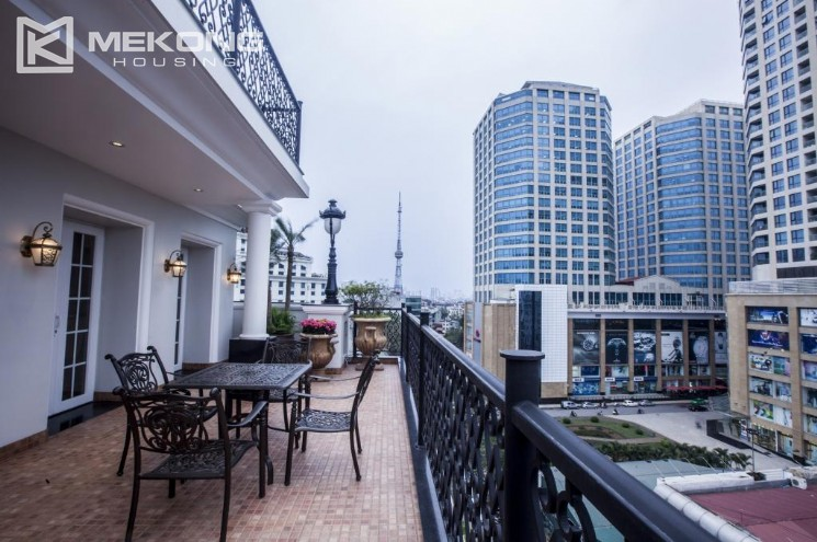 Penthouse apartment for rent in Thai Hoang Building 2